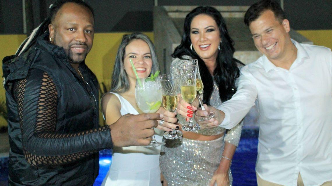 Claudinho Negritude Jr, Aline D'Siqueira, Helen Ganzarolli e Edson Dias